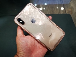 Ốp hít nam châm Baseus Hardware case cho iPhone XsMax